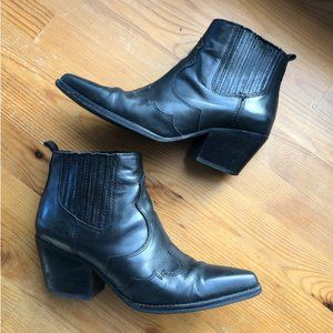 Sam Edelman Winona Blk Bootie - Size 6.5